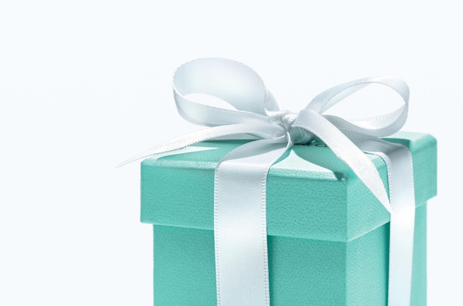 Il galateo del regalo consulente di immagine rossella for Regalo a chi se lo viene a prendere