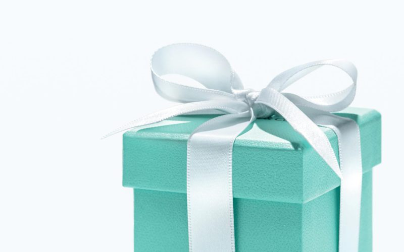 The gift etiquette